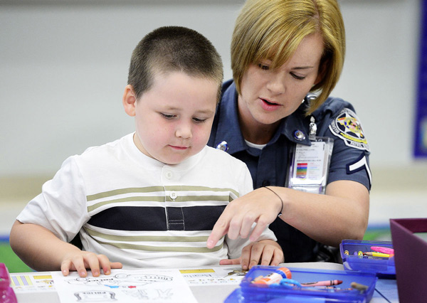 'Cookies With Cops' comes to Jonathan Hager Elementary